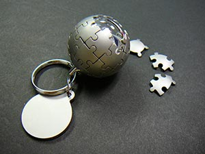 Privesok na kluce - globus