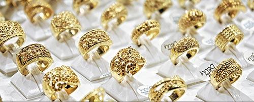 Zlate svadobne prstene